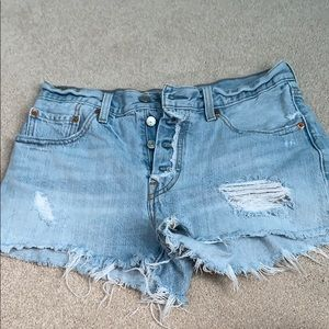 Levi Light Wash Jean Shorts